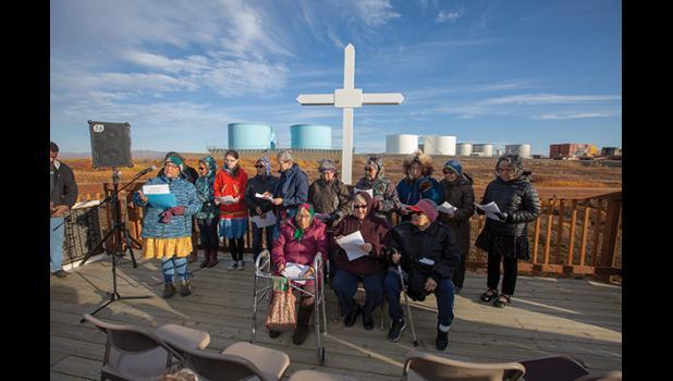 Dedication of the Sitnasuanmiut Qunuwit.